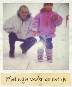 Als klein meisje met mijn vader op het ijs