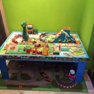 Wonderbaar Musthave  Thomas de trein speeltafel!   Mamablogger   Mama blog YZ-75