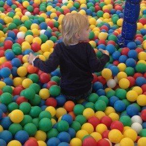 review, speelpark, oud valkeveen, naarden, mama blogger, mamablogger, marisca, kenter, 9