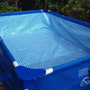 Review mega grote zwembad van de action mamablogger - Klein natuurlijk zwembad ...