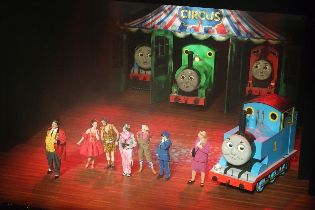 Onwijs Mama blogger| Review theatervoorstelling 'Thomas en het Circus' KJ-51