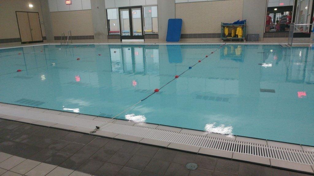 zwemles_vroeger_nu_eerste_zwemles_kind_leeftijd_mamablogger_familyblogger_
