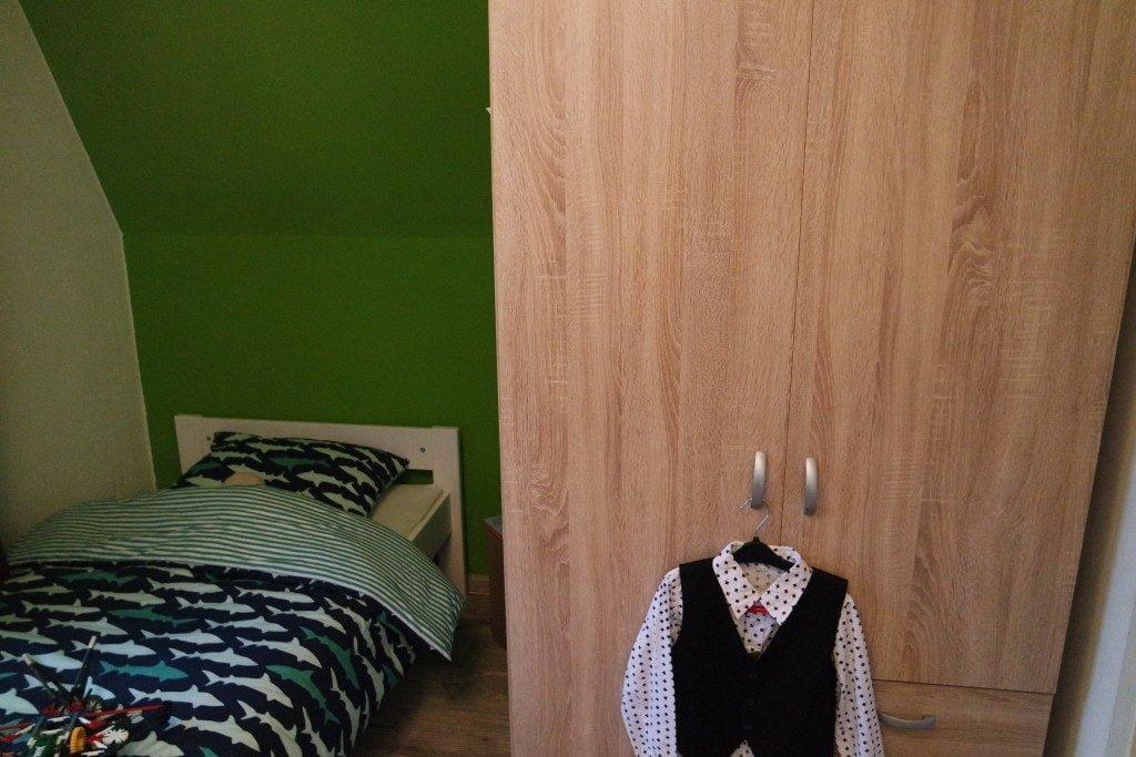 Room Tour door Milans nieuwe kamer!