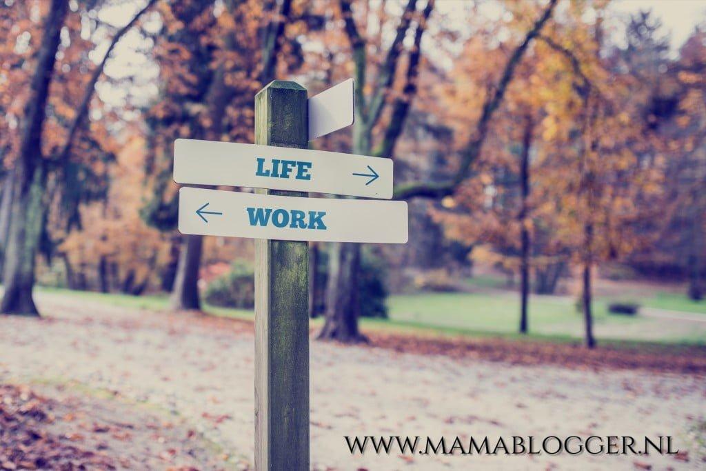 werk en privé_combineren_werkende_moeder_mamablogger_gezin_