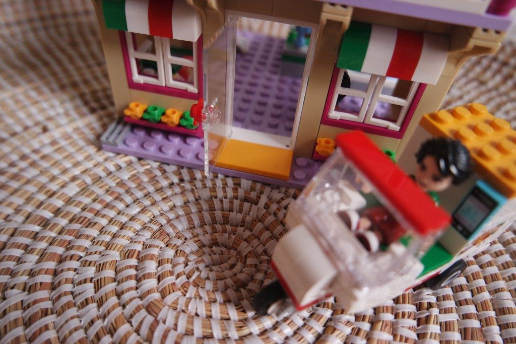 Lego Friends_pizzeria_mamablogger_2017_nieuwe sets_review_