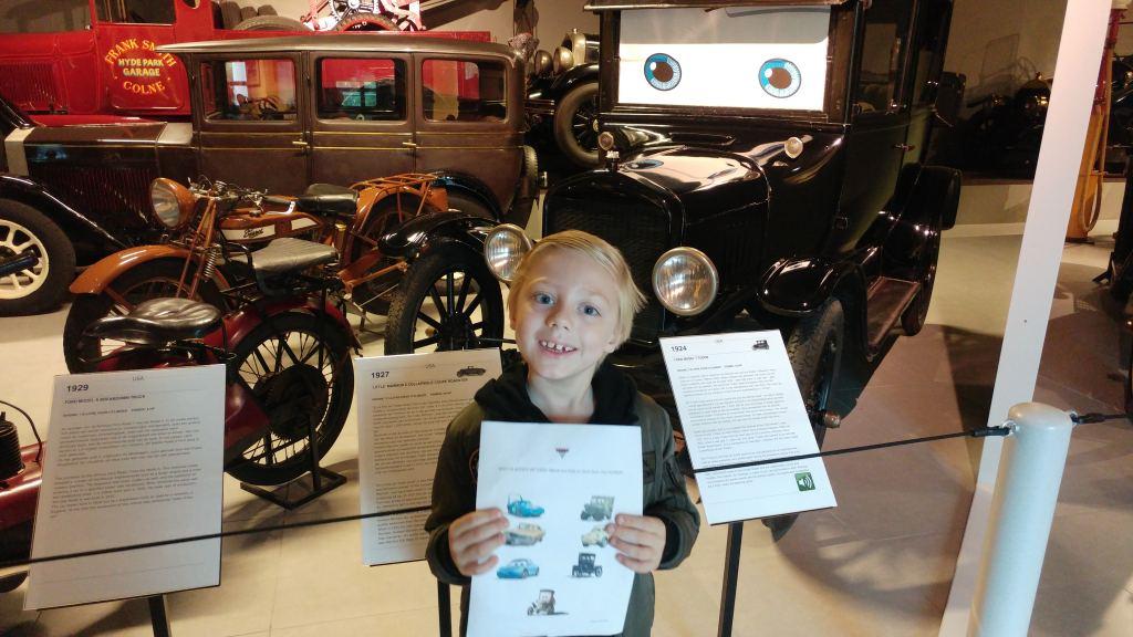Must see  en Must do volgens Milan: Cars 3 en het Louwman Museum!