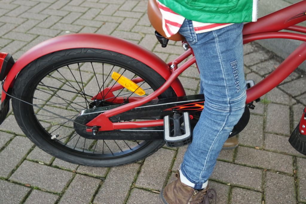 back to school_nieuwe fiets_20 inch_fietsen op fietsen_popal black fighter_mamablogger_blogger_blog_marisca_review_