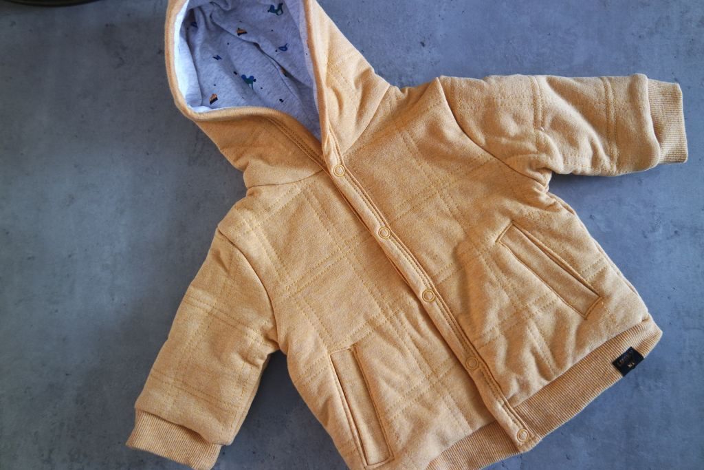 neutrale babykleertjes_effen_zonder print_feetje_noppies_prenatal_babydump_ mamablogger_zwanger_