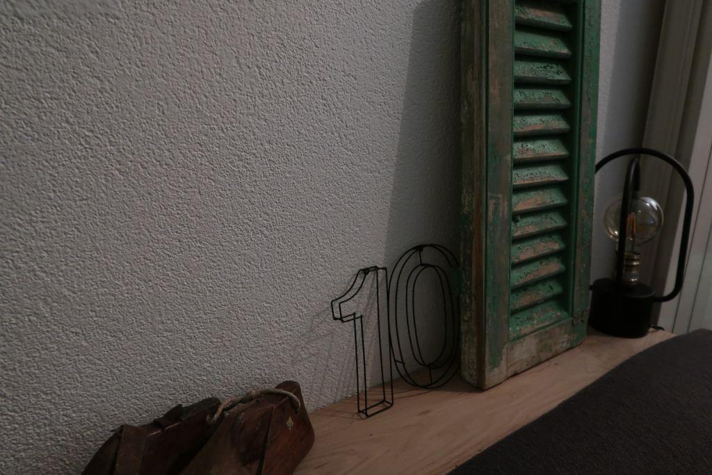 DIY_plank achter de bank_interieur_Mamablogger_Marisca_steigerhout_trend_