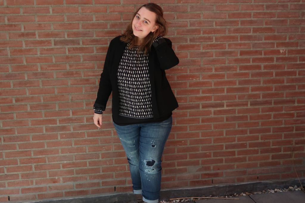 ripped jeans_kantoor_moms fashion_mamablogger_Marisca_