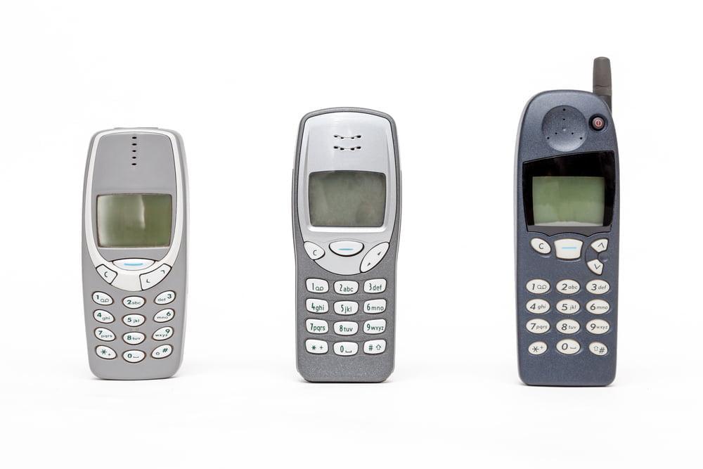 Een eerste mobiele telefoon voor je kind: zo ga je daarmee om