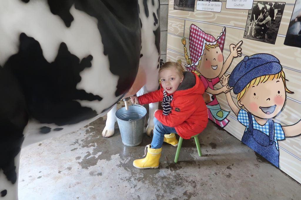 avonturenboerderij_Molenwaard_review_mamablogger_marisca_groot-ammers_Fien_Teun_dagje weg