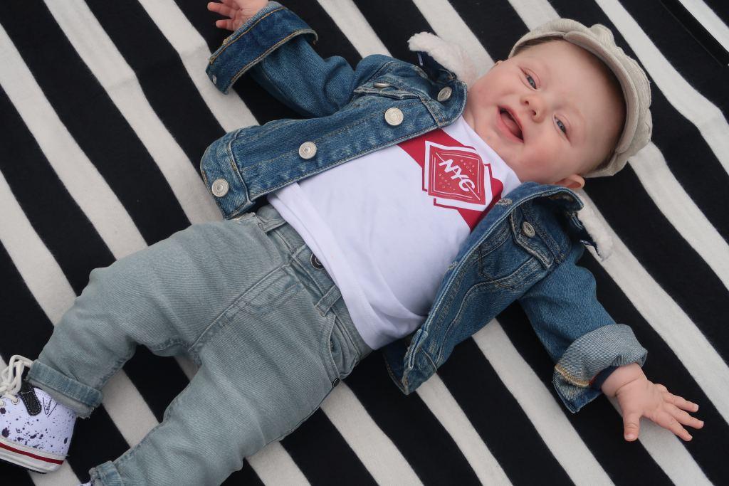 skinnyjeans_baby_dikkere beentjes_mamablogger_tips_HEMA_Primark_River Island_