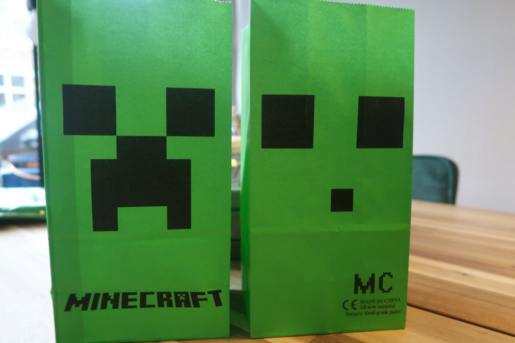 AliExpress_shoplog_mamablogger_krokodil_jas_tip_Minecraft_