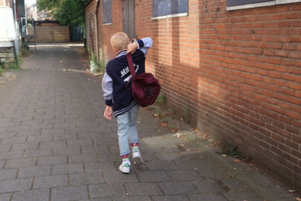 back to school_bulbby_gepersonaliseerde schoolspullen_highschool_baseball vest_rugtas_mamablogger_