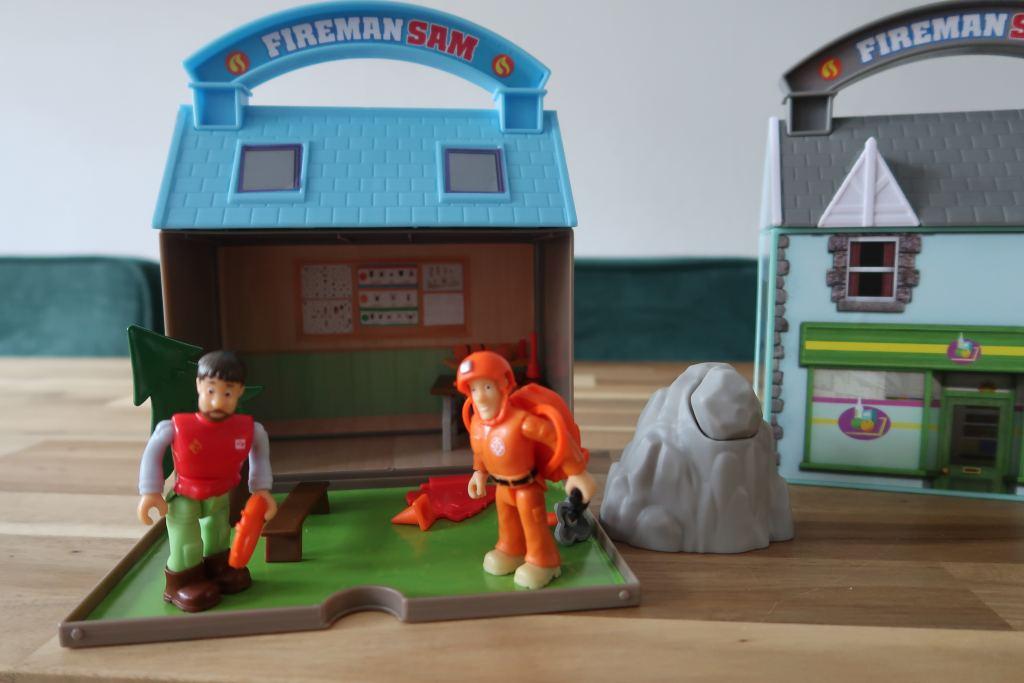 koffertje_brandweerman_Sam_supermarkt_mamablogger_dieuwertjes supermarkt_review_speelgoed_kinderen_kinderspeelgoed_