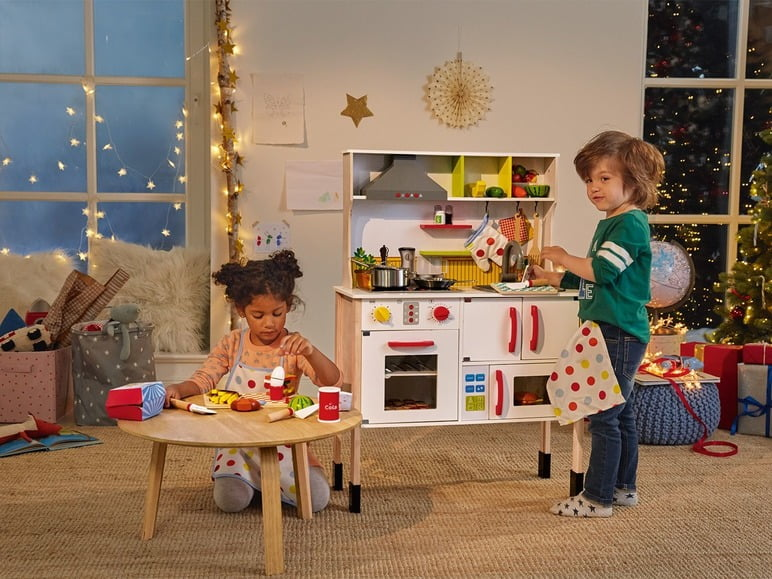 Het houten speelkeukentje van Lidl vs. het keukentje van Action
