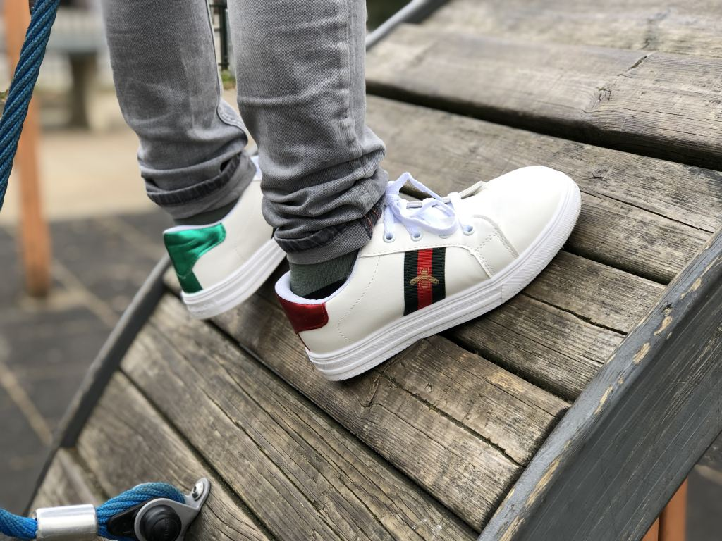 top_flop_sneakers_ali express_mamablogger_review_ugly sneaker_panterprint_gucci_bee_look-a-like_