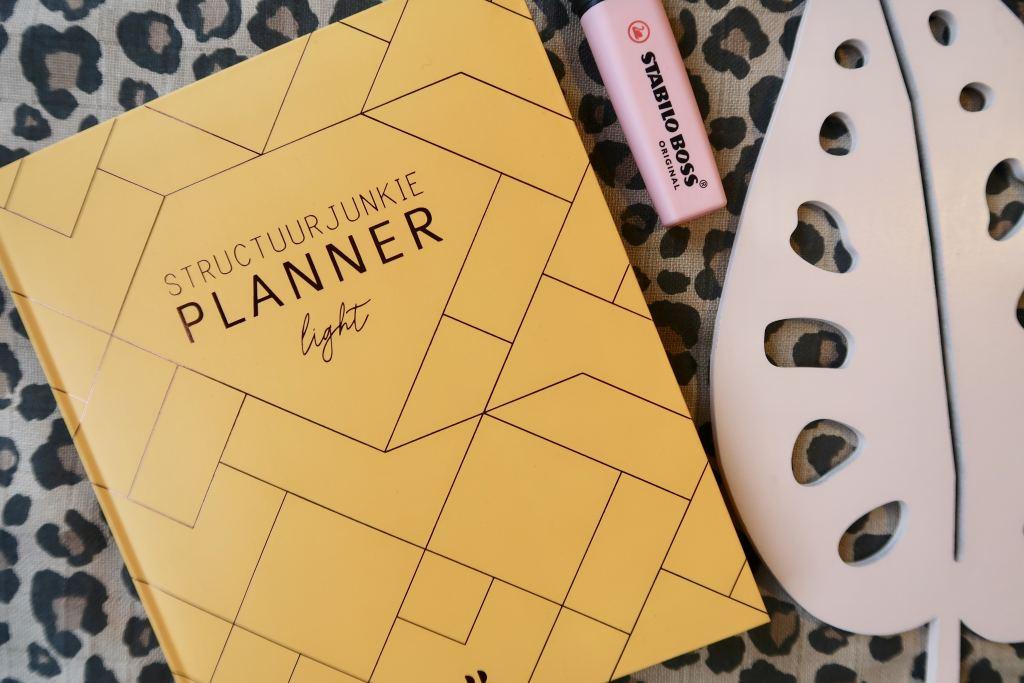 Structuurjunkie_planner_light_okergeel_Cynthia_mamablogger_review_