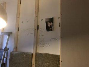 muur_klushuis_muur isoleren_geluidsoverlast_oud huis_verbouwen_mamablogger_