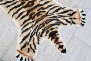 vloerkleed_look-a-like_doing_goods_kinder vloerkleed_mamablogger_kruidvat_tijger_panter_zebra_