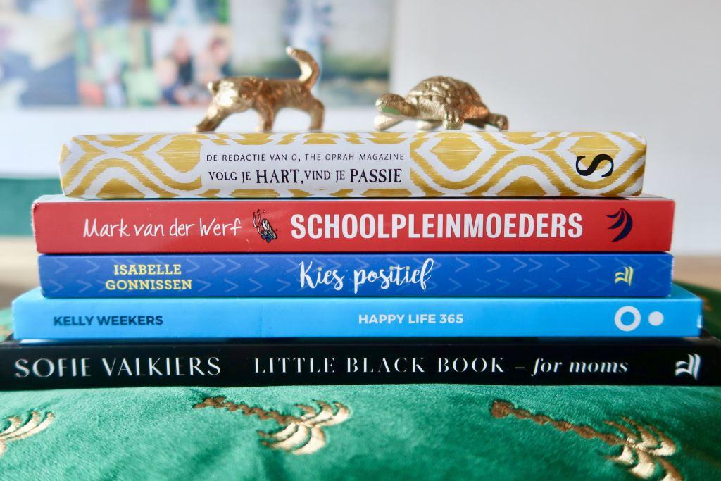 lifestyle_boeken voor moeders_5x_happy life 365_schoolpleinmoeders_kies positief_mindset_mamablogger_