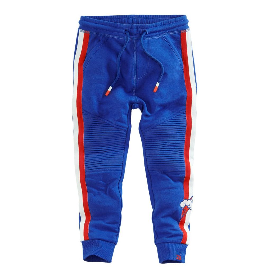 kinderkleding_kids fashion_strakke joggingbroekjes_joggingbroek_mamablogger_slim fit_
