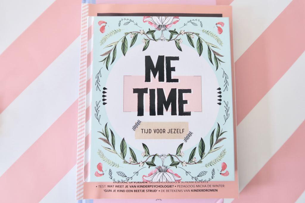 roze_boeken_revoew_Shoot_me time_ontspannen opvoeden_psychologie magazine_mamablogger_