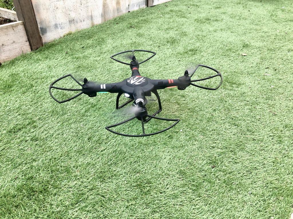 drone_cadeautip_jongens_vaders_review_mamablogger_speelgoed_feestdagen_