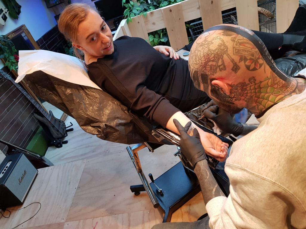 tattoo_zetten_eerste tattoo_Gouda_mamablogger_