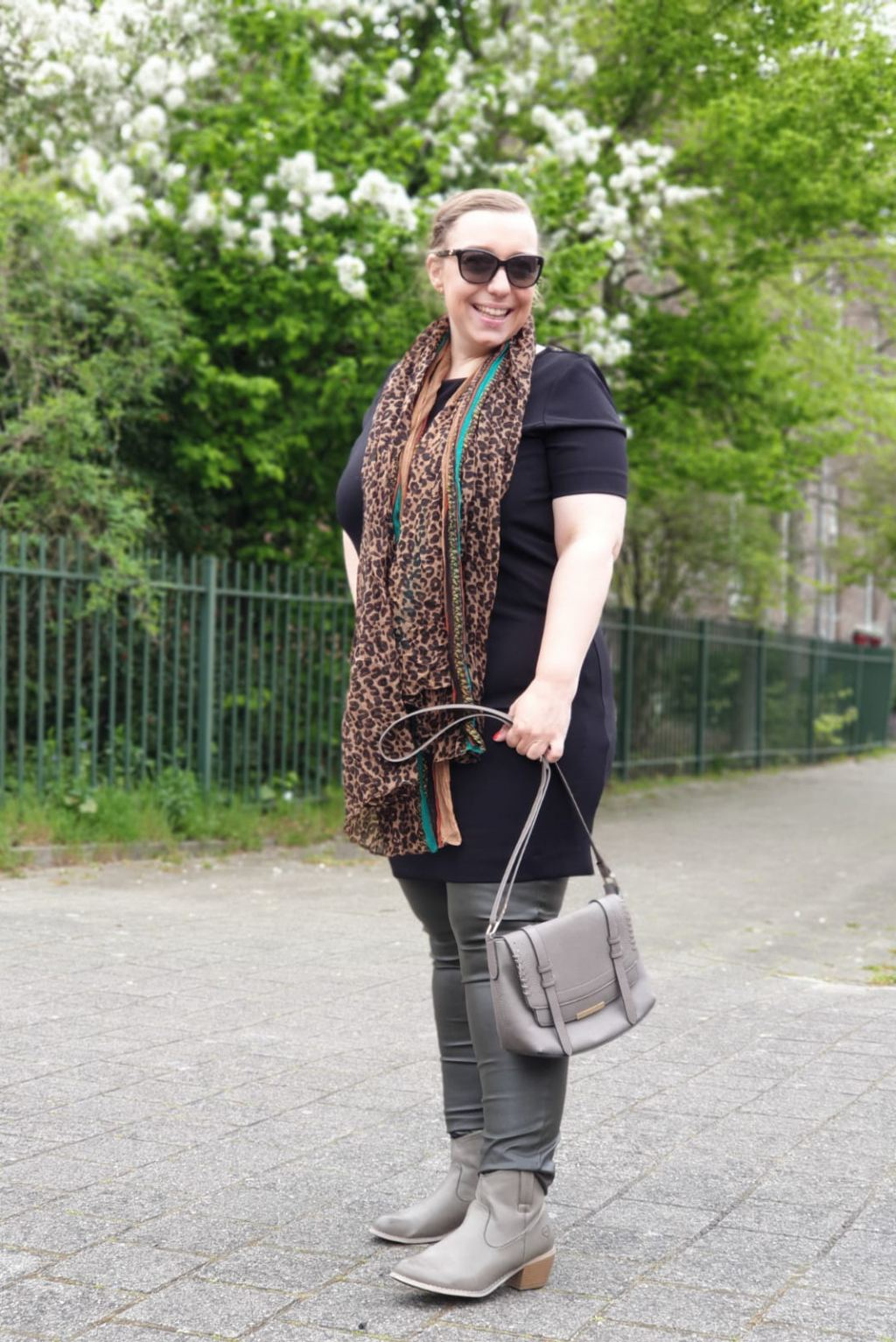 Kringloop_outfit_budget_mamablogger_moms outfits_