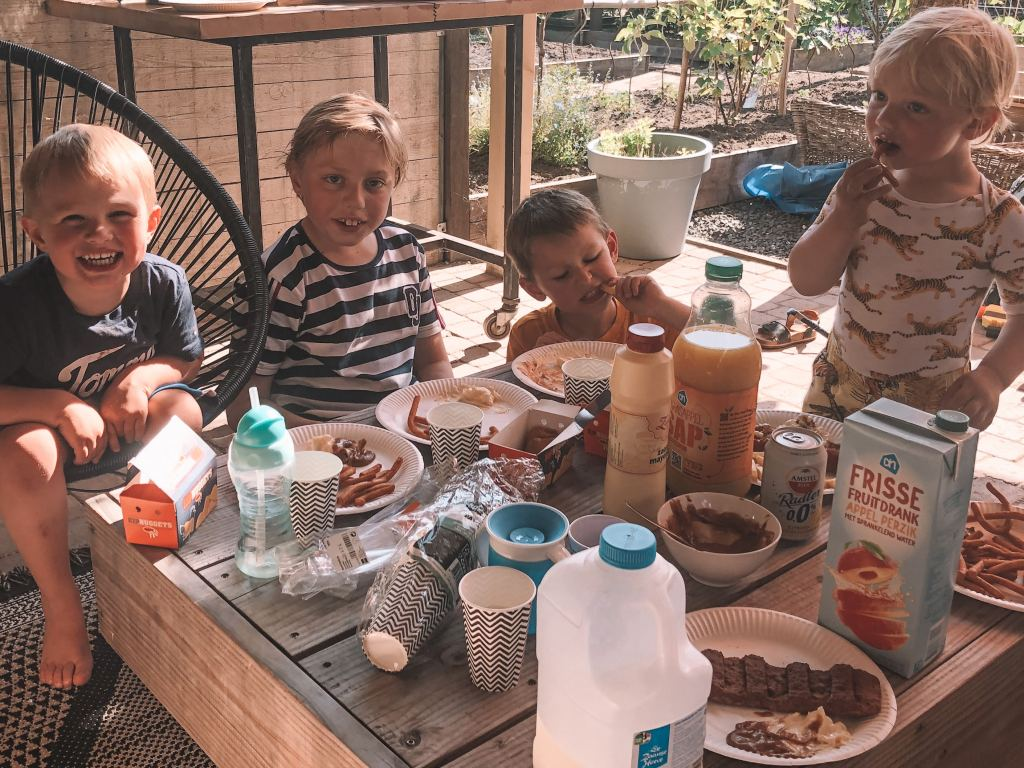 Diary | Gezellige visite, barbecue gekocht en puzzelen!