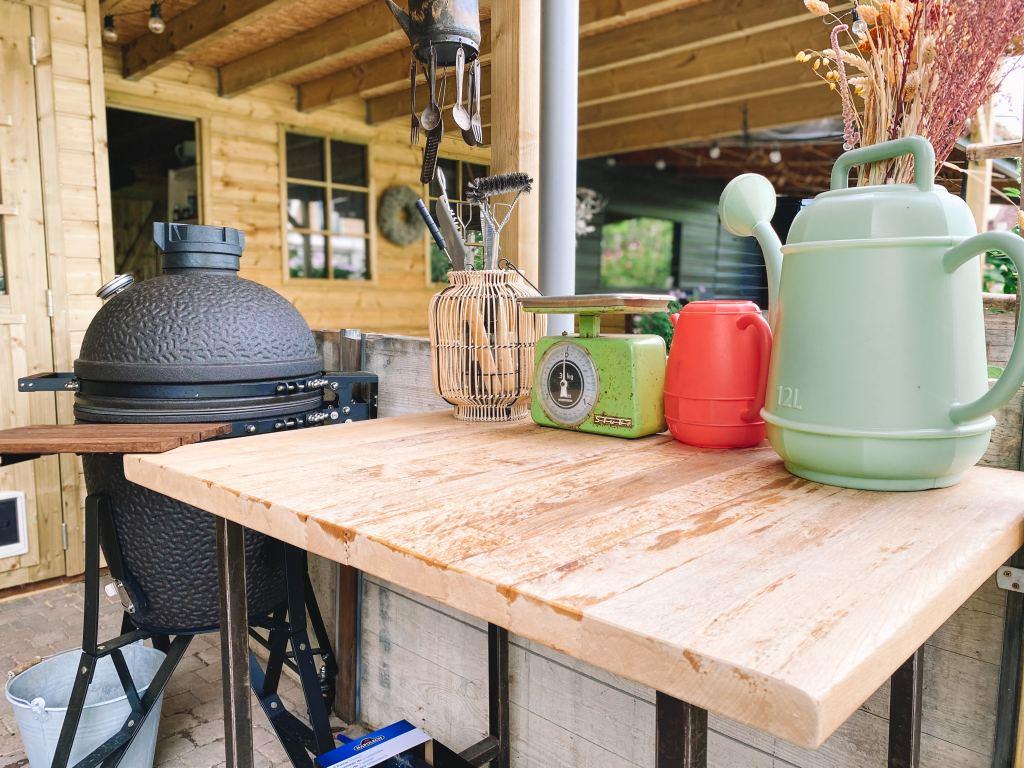 Tuin | Zo ziet onze buitenkeuken er nu uit!