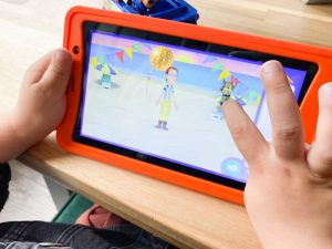 Kurio_nickelodeon_tablet_action_kindertablet_mamablogger_review_