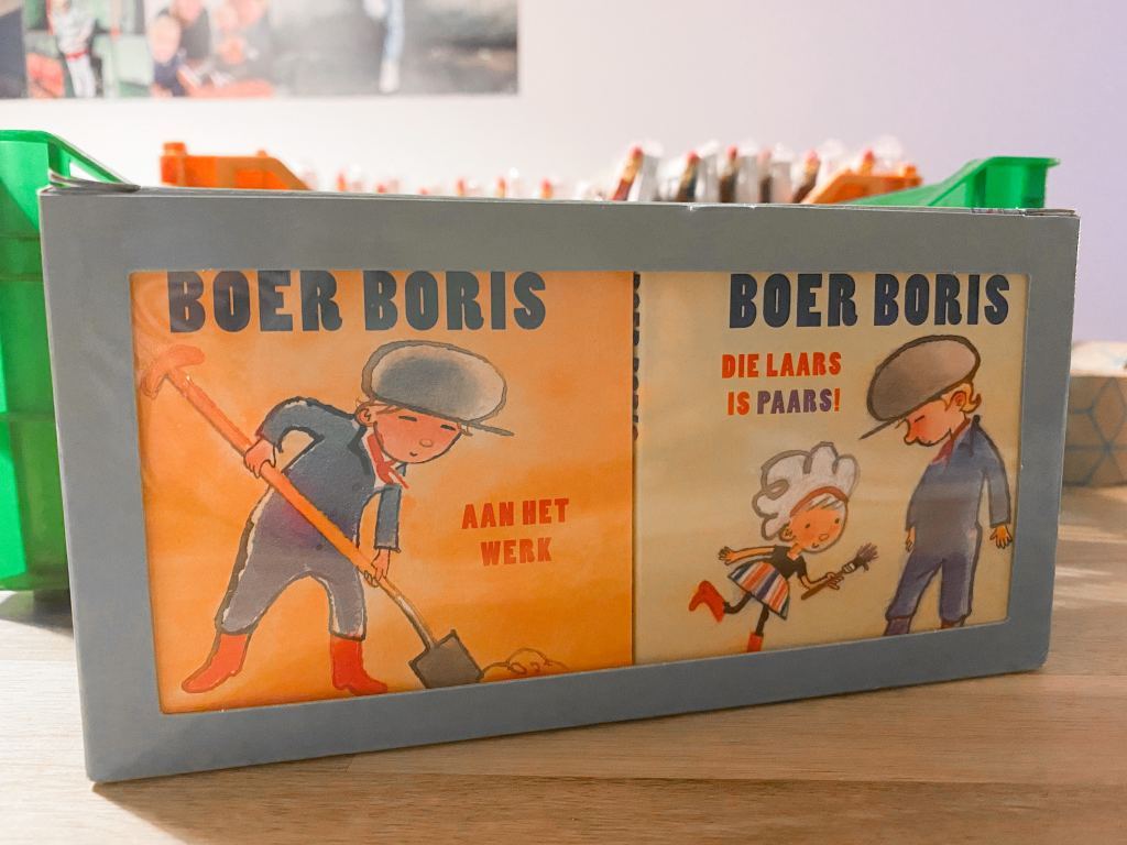 Birthday Boys_traktatie Floris_peuterspeelzaal_uitdeelboekjes_Boer Boris_mamablogger_
