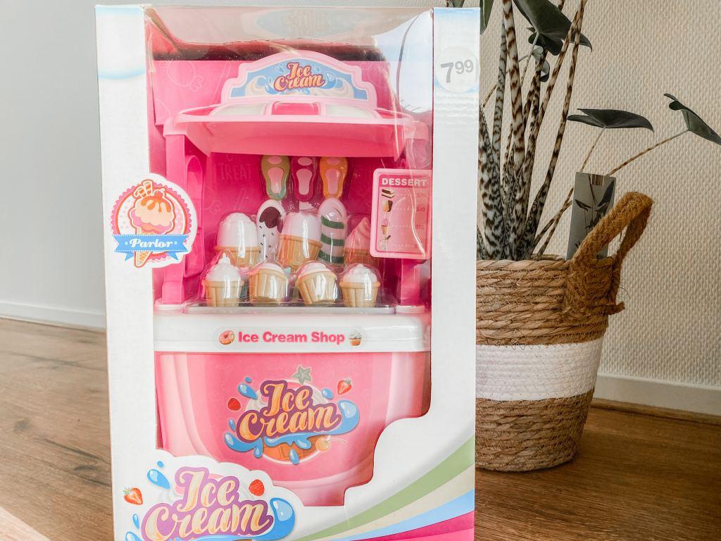 Zeeman_speelgoed_mamablogger_musthaves_foodtruck_ijscokar_speelgoed_budget_