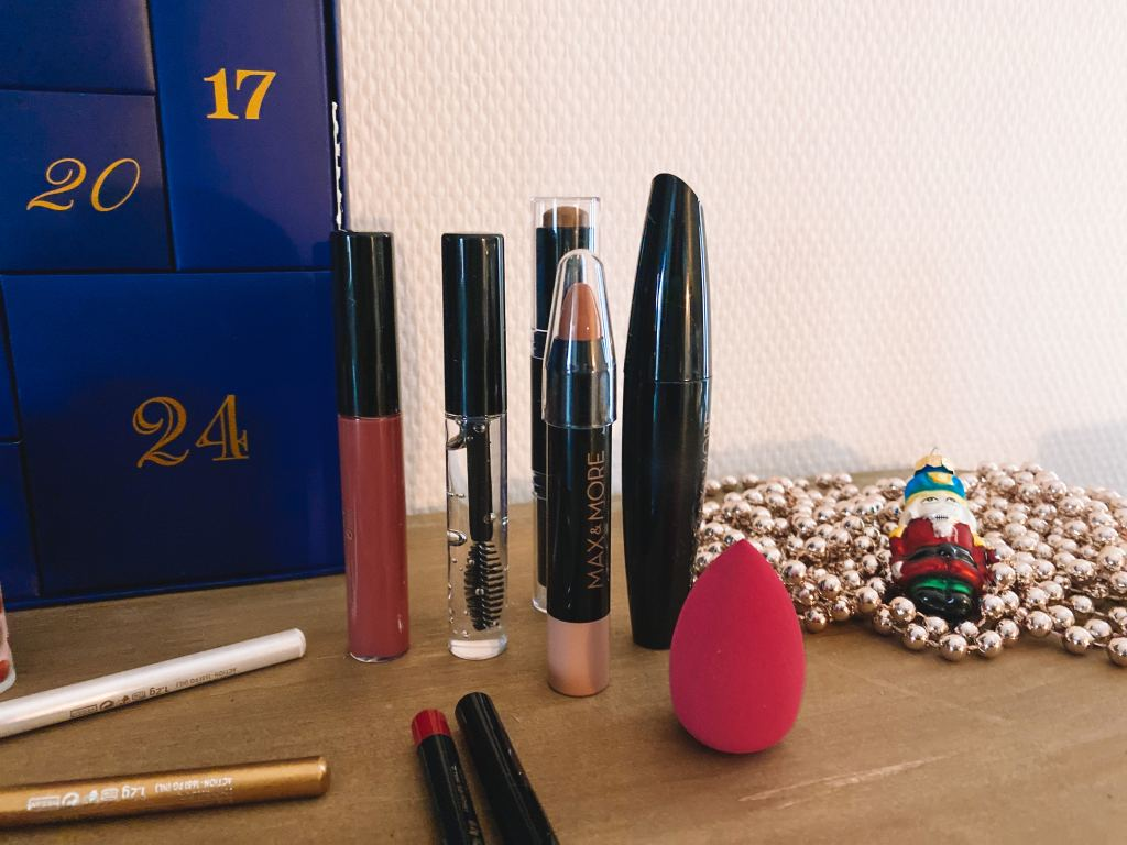 make-up adventskalender_action_Max & More_Mamablogger_beauty_
